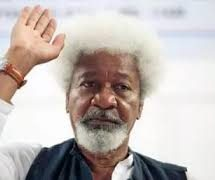 Dont Force Me to tear My Green Card – Soyinka