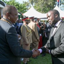 President Kenyatta honours Kenyans for Distinguished Service